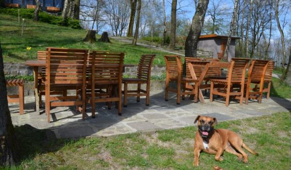 Klinik Deerth - Garten mit Sauna